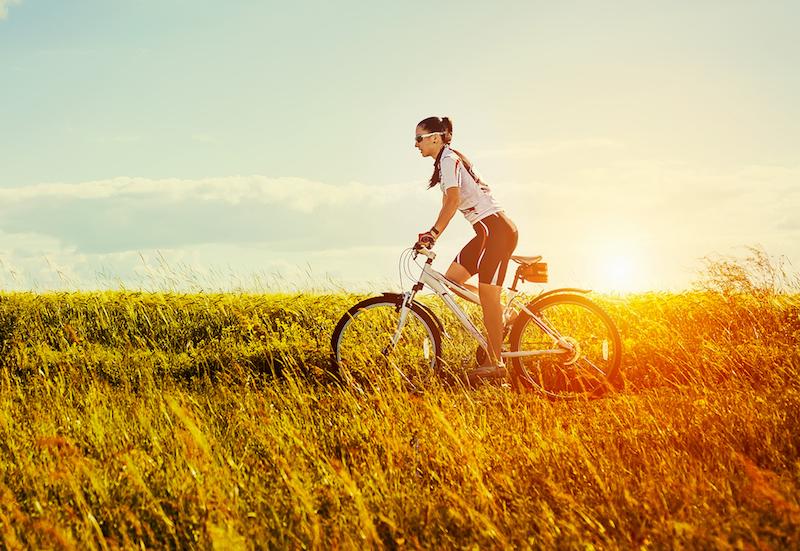 Billiga cyklar för vägen